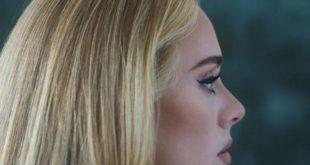 """Adele anuncia la fecha de lanzamiento de su disco '30. ′. La artista lo anunció en sus redes sociales con el título """"30 - November 19″, acompañado de un breve texto que explica lo que narra el álbum."""